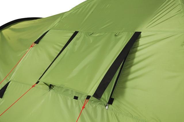 Регулируемое вентиляционное окно с антимоскитной сеткой. Регулируемое вентиляционное окно с антимоскитной сеткой. Кемпинговая палатка с большим тамбуром и тремя входами KSL Campo 4 Plus зеленый