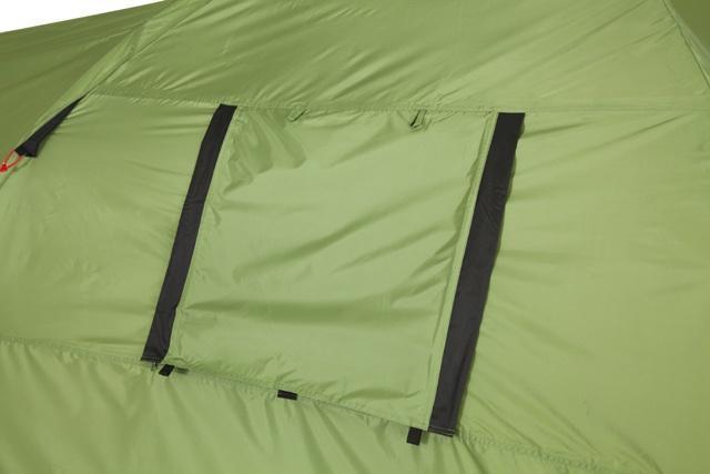 Окно полностью закрыто. Окно полностью закрыто. Кемпинговая палатка с большим тамбуром и тремя входами KSL Campo 4 Plus зеленый