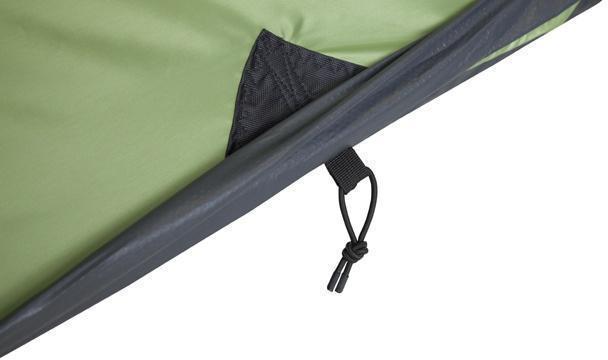Усиленное крепление оттяжки тента. Усиленное крепление оттяжки тента. Кемпинговая палатка с большим тамбуром и тремя входами KSL Campo 4 Plus зеленый
