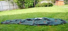 Разложить внешний тент Четырехместная кемпинговая палатка-полубочка с большим тамбуром. Alexika Apollo 4