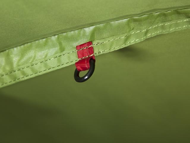 Красная маркировка центральной точки крепления спальни Красная маркировка центральной точки крепления спальни Трехместная туристическая палатка-полубочка с большим тамбуром KSL Half Roll 3 зеленый