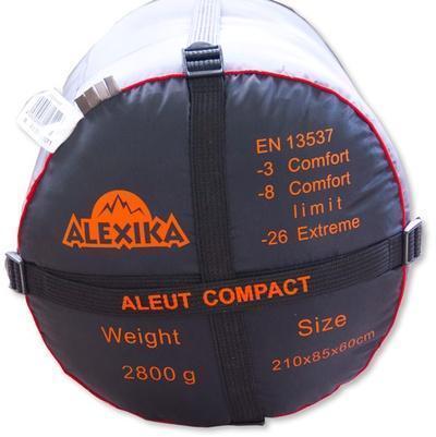 На мешке четыре ремня, утянув которые, вы можете уменьшить объем упакованного спальника. Туристический спальный мешок для низких температур Alexika Aleut Compact