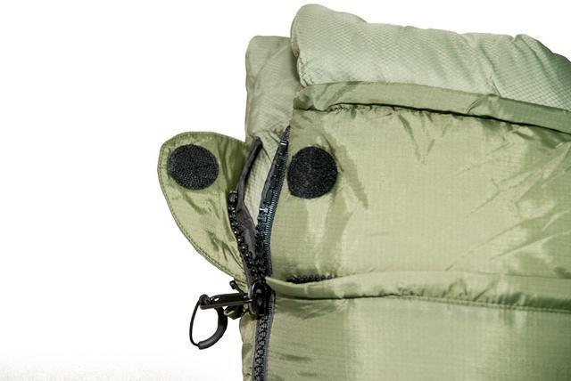 Круглая липучка Velcro (квадратные отрываются по углам) и светоотражающий ярлык. Уникальный низкотемпературный спальник-одеяло с большим объемом утеплителя Tengu Mark 73SB