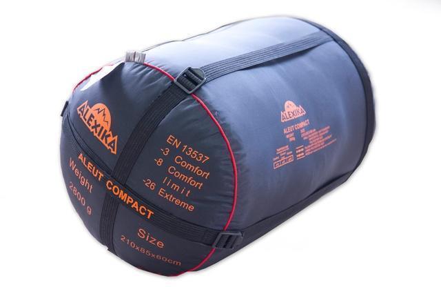 Прочный компрессионный мешок позволяет уменьшить транспортный объем на 30-40%. Туристический спальный мешок для низких температур Alexika Aleut Compact