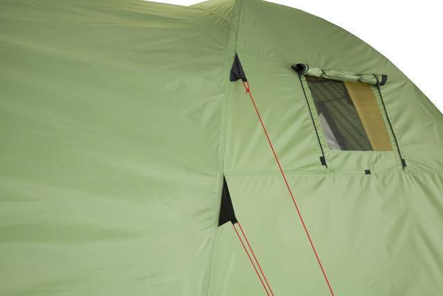 Двухточечные оттяжки для равномерного натяжения тента. Двухточечные оттяжки для равномерного натяжения тента. Кемпинговая палатка с большим тамбуром и тремя входами KSL Campo 4 Plus зеленый