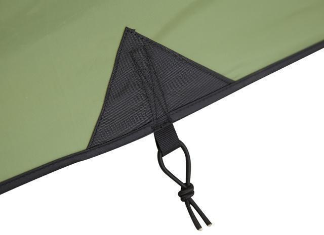 Усиленное крепление оттяжки тента Усиленное крепление оттяжки тента Трехместная туристическая палатка-полубочка с большим тамбуром KSL Half Roll 3 зеленый