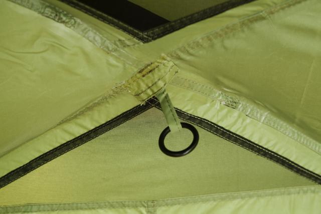 Кольцо для фонаря под куполом тамбура. Палатка с двумя спальнями (3+3) и большим тамбуром посередине KSL Macon 6