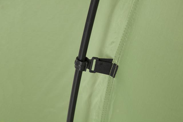 Надежная фиксация тента клипсой. Палатка с двумя спальнями (3+3) и большим тамбуром посередине KSL Macon 6