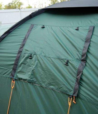 Окно закрыто Палатка с двумя спальнями(3+3) и большим тамбуром Alexika Maxima 6 Luxe