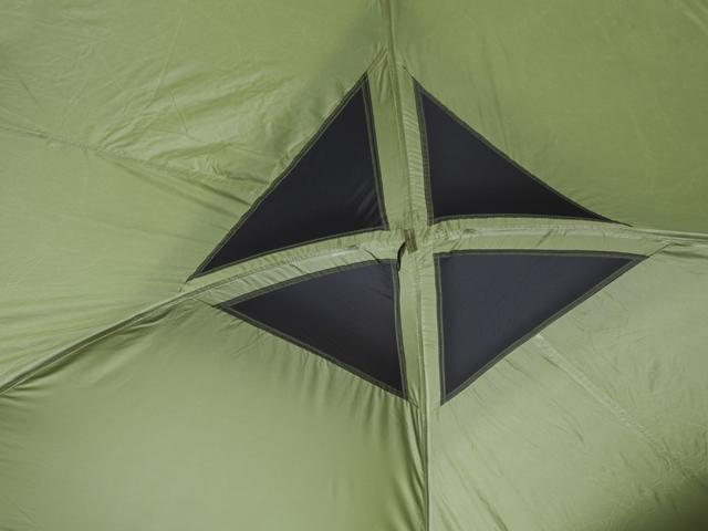 Вентилируемый купол. Четырехместная кемпинговая палатка с двумя спальнями и большим тамбуром KSL Macon 4