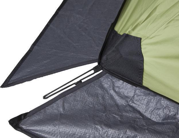 Прочное крепление оттяжки внизу тента. Четырехместная кемпинговая палатка с двумя спальнями и большим тамбуром KSL Macon 4