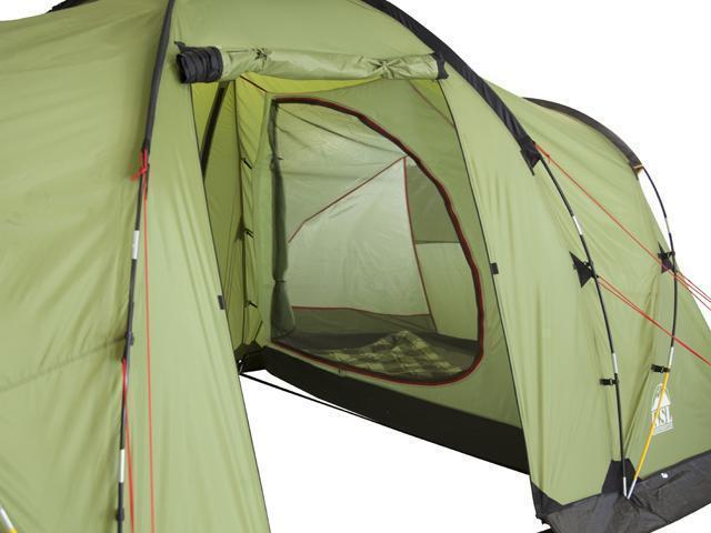 Антимоскитная сетка на входе в спальню. Четырехместная кемпинговая палатка с двумя спальнями и большим тамбуром KSL Macon 4