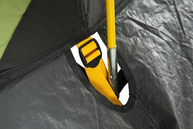 Узел стыковки дуги и оттяжки. Цветовая маркировка. Трехместная кемпинговая палатка купольного типа KSL Rover 3