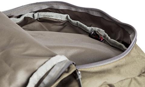 Карман в крышке рюкзака - Объемный и надежный туристический рюкзак Tamas 100 navy