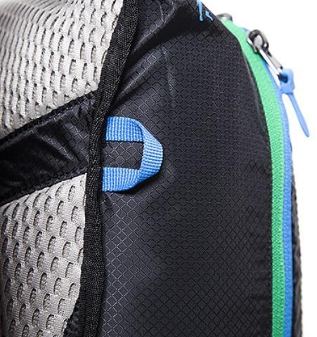 Боковые петли для крепления дополнительного оборудования - Легкий рюкзак для бега или велоспорта Baix 10