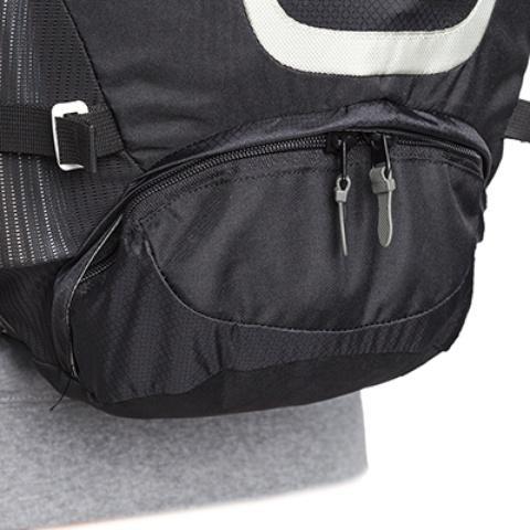 Вход в нижнее отделение закрывается на молнию с двумя бегунками - Легкий спортивный рюкзак с фронтальной загрузкой Skill 30 red