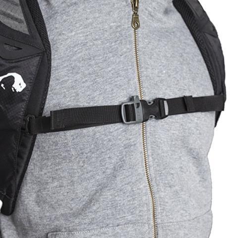 Регулируемый нагрудный ремень со свистком - Легкий спортивный рюкзак с фронтальной загрузкой Skill 30 red