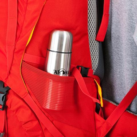 Боковые сетчатые карманы на резинке - Женский трекинговый туристический рюкзак Isis 60 red