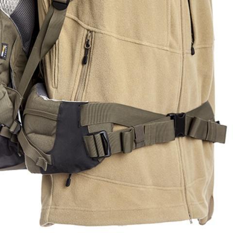 Широкий плотный пояс, оптимально распределяющий наргузку в тазобедренной области - Туристический рюкзак для переноски тяжелых грузов Bison 120 black
