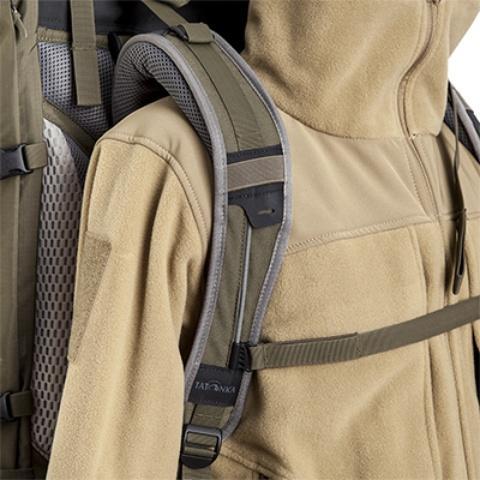 Широкие регулируемые лямки анатомической формы - Туристический рюкзак для переноски тяжелых грузов Bison 120 black
