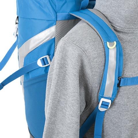 Мягкие лямки анатомической формы - Яркий и удобный рюкзак для путешественников старше 10 лет Mani lawn green