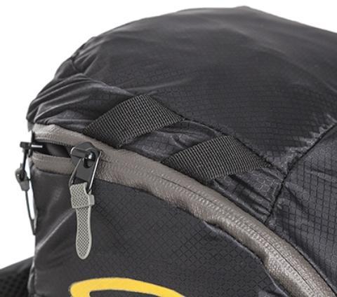 Петли на крышке рюкзака для крепления куртки или шлема - Легкий спортивный рюкзак с фронтальной загрузкой Skill 30 red