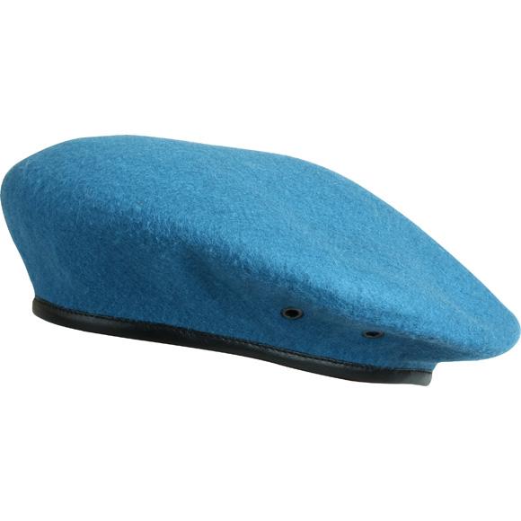 Берет формованный голубой