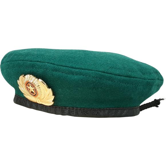 Берет сувенирный зелёный один знак