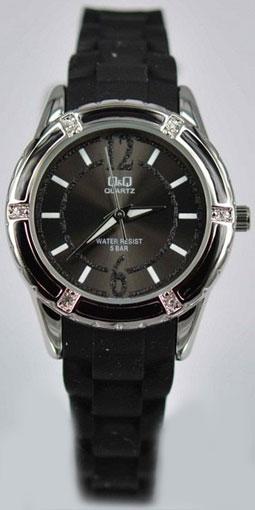 Женские наручные часы Q&Q Q809-800