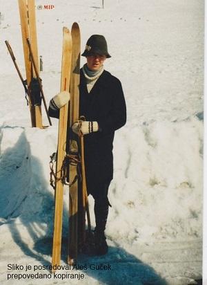 Пара первых лыж 1940-х годов, сделанных Руди Финжгаром для партизанских отрядов